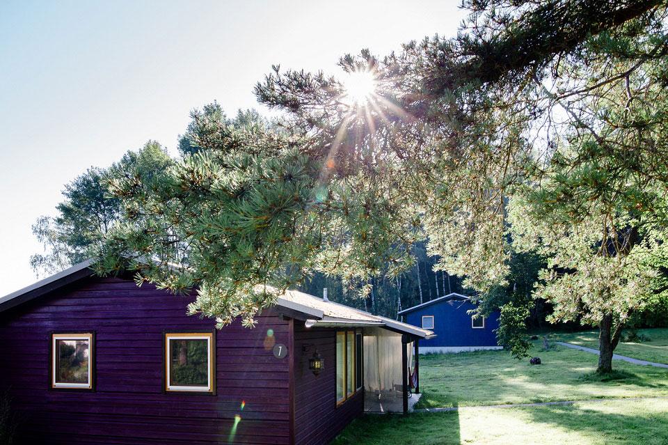 Eines der Chalets von 7 Sentidos steht auf dem 15000 Quadratmeter großen Gelände am Waldrand.