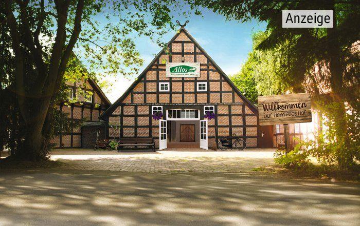 Der Hof der Allos Manufaktur in Norddeutschland