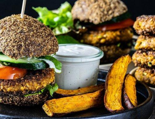 Spontan vegan Grillen: Burger Buns und Patties – aus zwei mach viele Burger