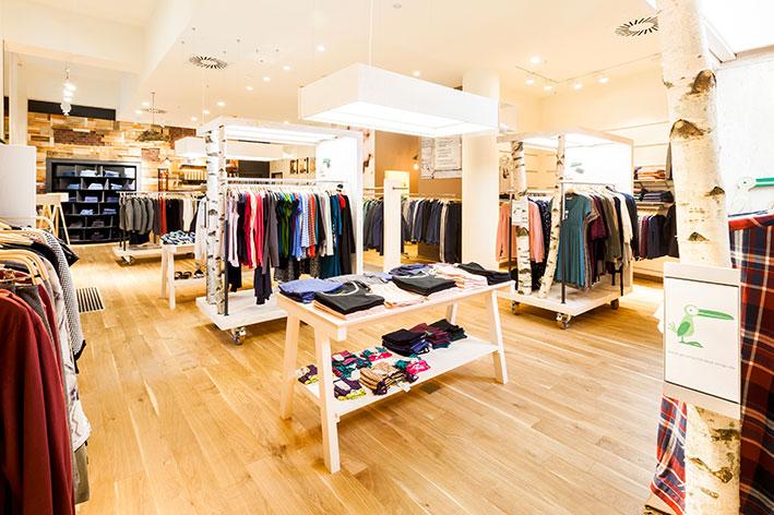 Inneneinrichtung des Eco-Stores Grünschnabel