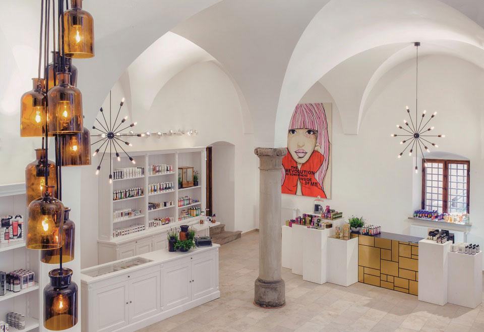Das historische Fugger-Palais in Augsburg bietet das perfekte Ambiente, um in die Welt der Organic-Beauty abzutauchen.