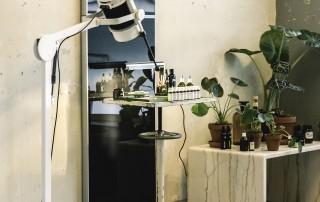 Das Haarinstitut von Marc Bootens wechselt regelmäßig die Locations. So kann man die angesagten Hotspots der Düsseldorfer Kreativszene entdecken und gleichzeitig den Haaren etwas Gutes tun.