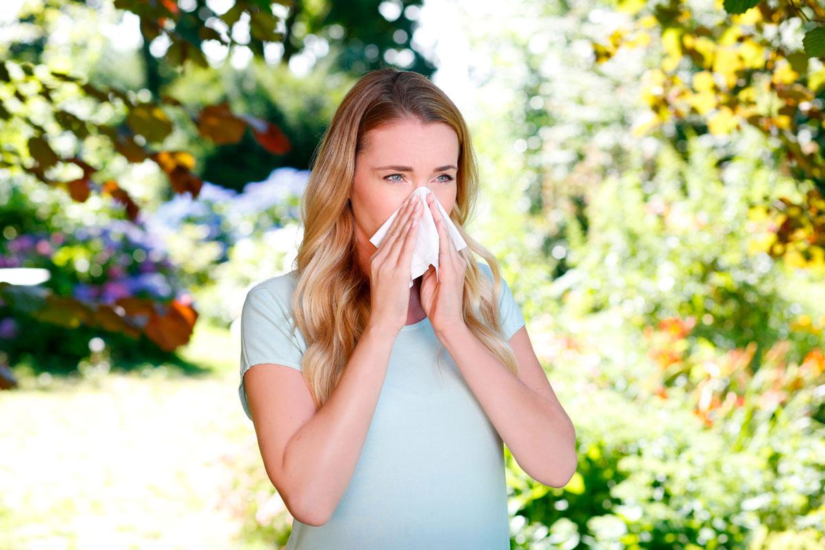 Verstopfte Nasen während der Heuschnupfen-Saison gehörren dank der Nasendusche von Emser bald ser Vergangenheit an. Foto © Emser Nasendusche