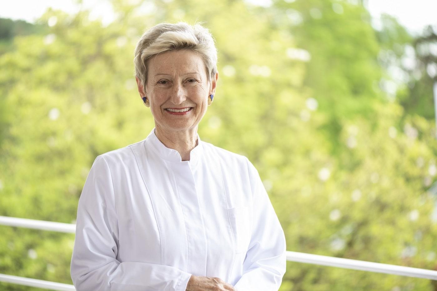 Dr. Eva Lischka