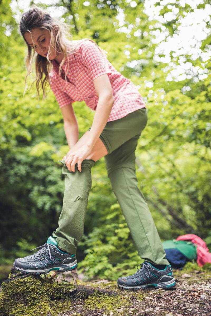 Bermuda oder lange Hose? Kein Problem mit der bi-elastischen Wanderhose Inara Slim Zip