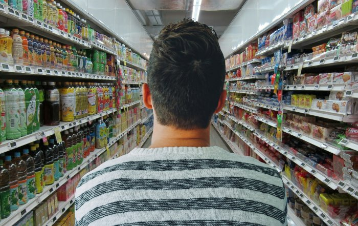 Wie lange sind die Lebensmittel im Supermarkt wirklich haltbar