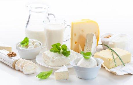 Milchprodukte sind Lebensmittel, die zwecks Haltbarkeit in den Kühlschrank gehören