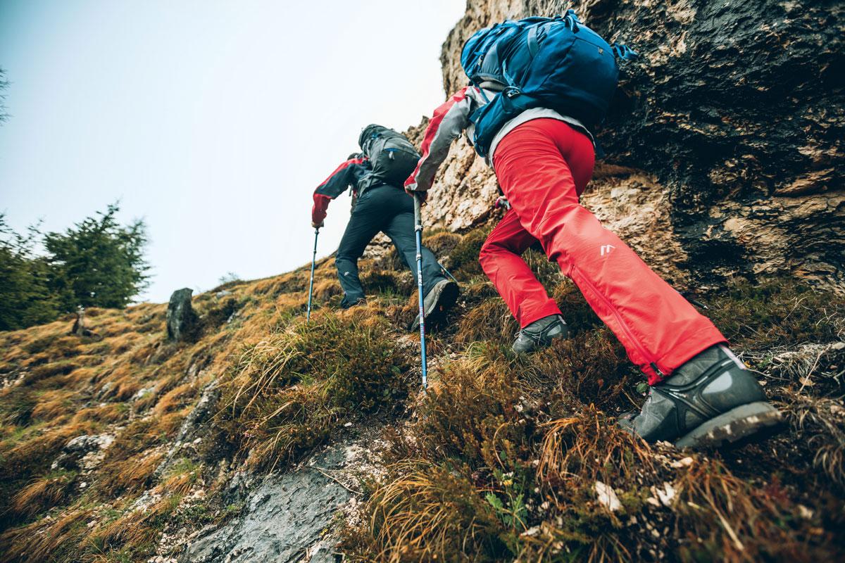 Extreme Bewegungen steckt die Trekkinghose Norit 2.0 W locker weg.