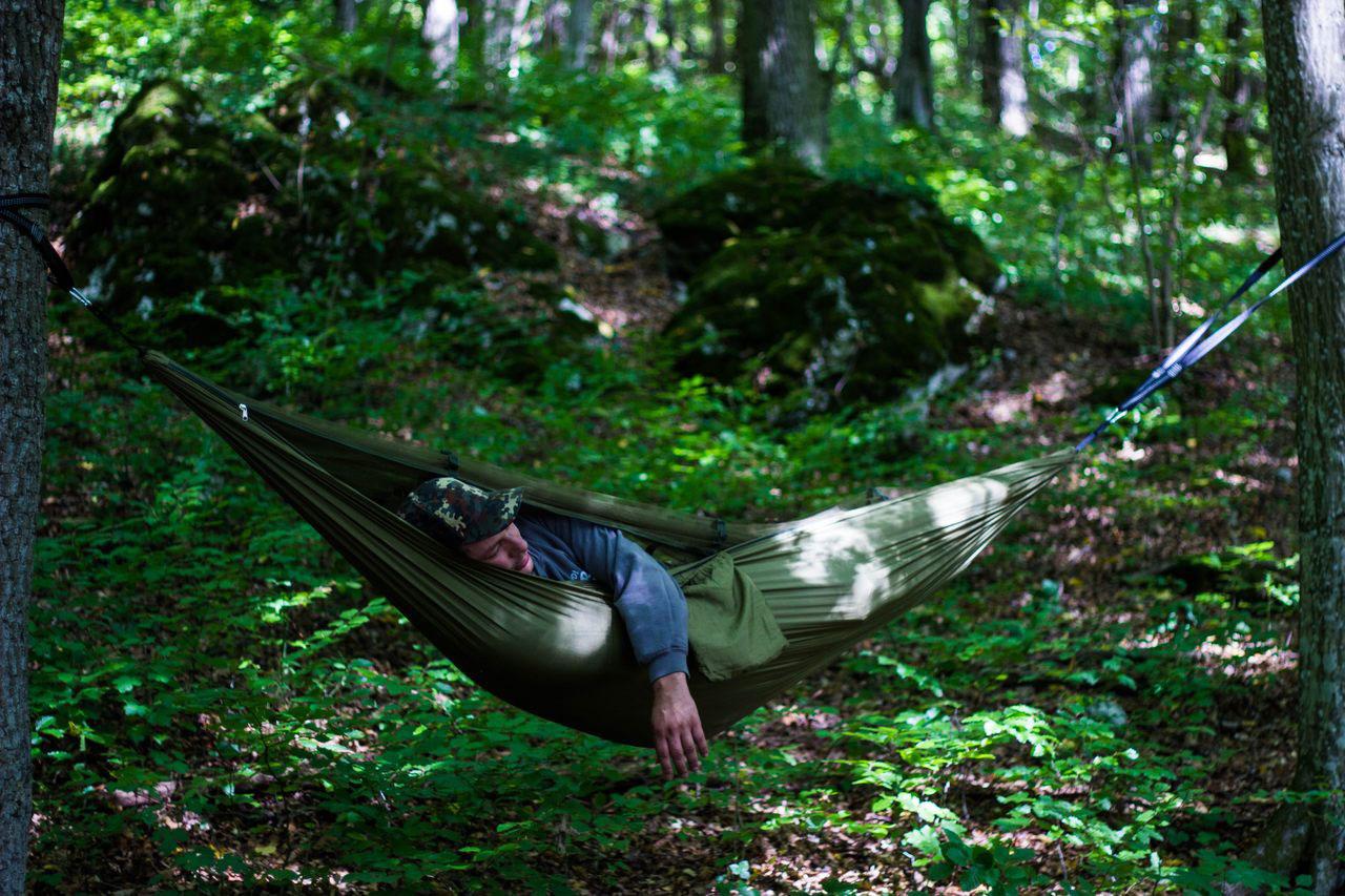 Biwakieren in der Outdoor-Hängematte