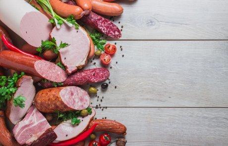 Wurstwahren sollten unbeding kühl lagern, um haltbar zu bleiben